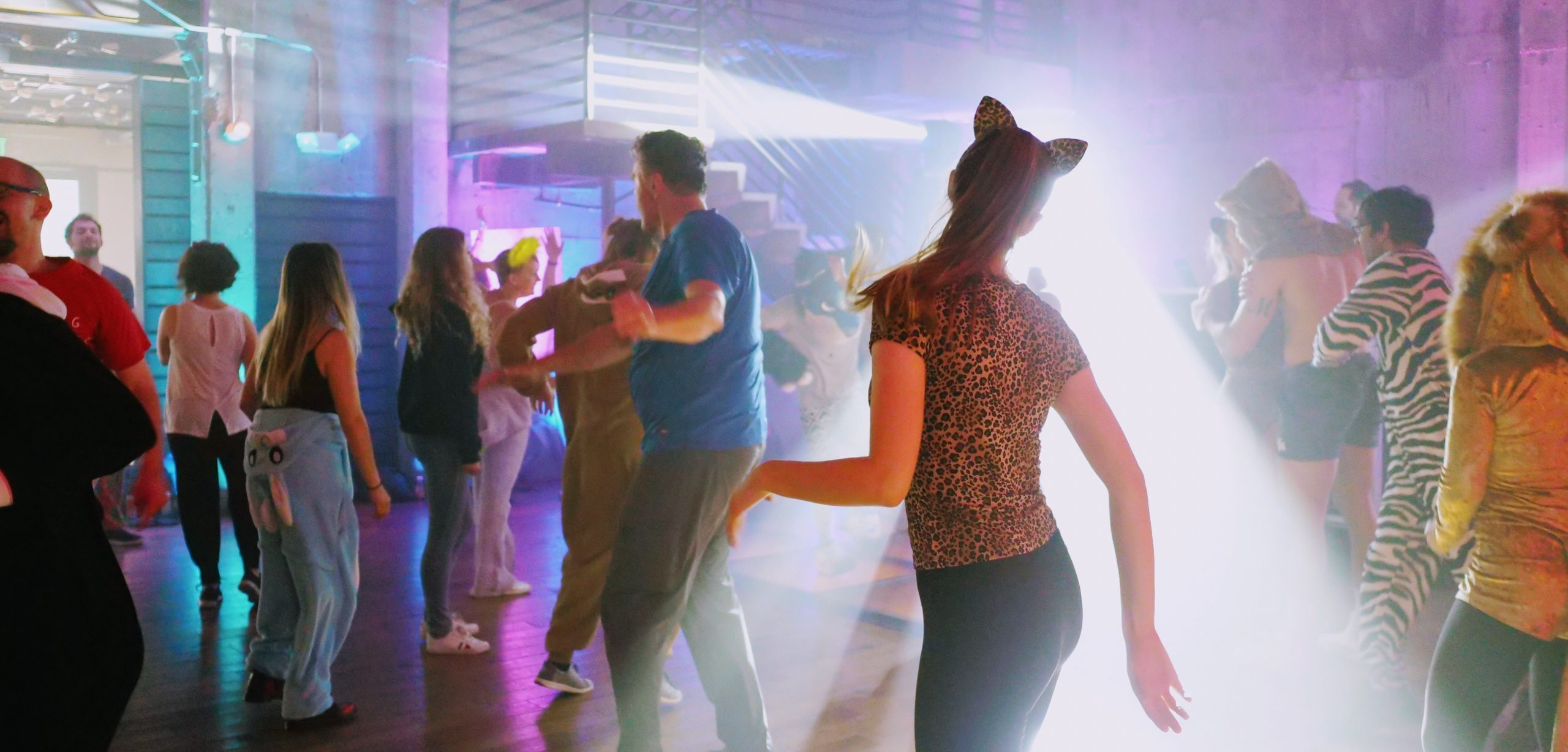 Storybild  warum-tanzen-dem-gehirn-gut-tut 01